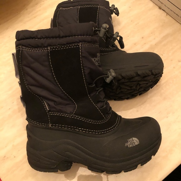 47f2fe906 ⬛️◾️🖤 The North Face Winter Boots